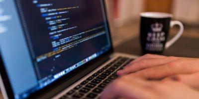Zusammenarbeit mit externen Entwicklern: Das gibt es zu beachten