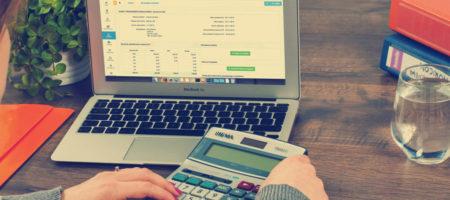 Lohnbuchhaltung: Selbst machen oder outsourcen?
